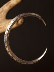 Pewter Viking Ring Money Bracelet Triangle Pattern