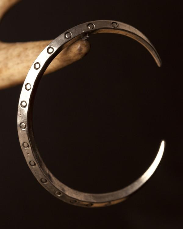 Pewter Viking Ring Money Bracelet Circle Pattern